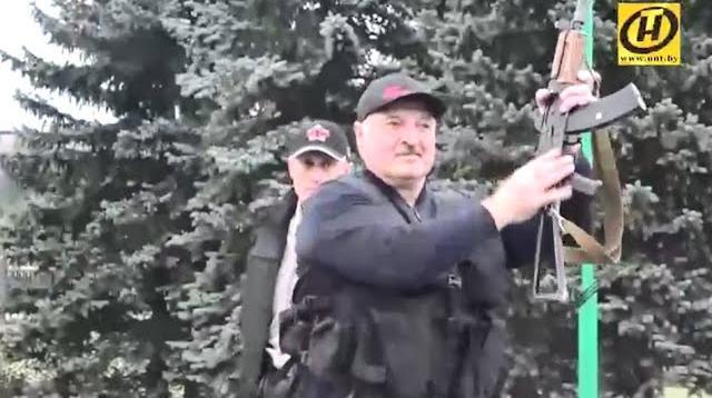 Соловьёв LIVE 23.08.2020. Лукашенко с автоматом в бронежилете. Батька принял вызов. Оппозиция разбежалась