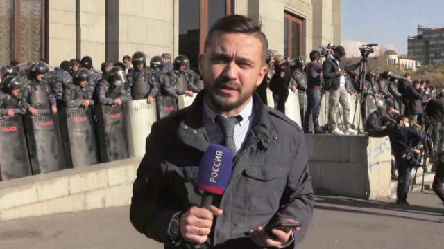 Видео 11.11.2020. 60 минут. Протестующая Армения ищет пропавшего Пашиняна