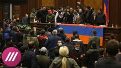 Торжество в Баку, необъявленный траур в Ереване. Каким Армения и Азербайджан видят мир в Карабахе