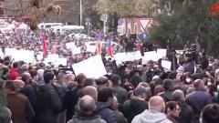 60 минут. Уходя из Карабаха, армяне жгут свои дома
